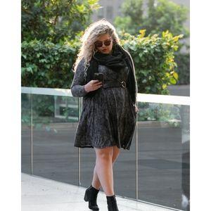 🆕LuLaRoe EMILY Snake Print Long Sleeve Dress